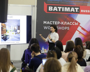 second_day_batimat_3_06