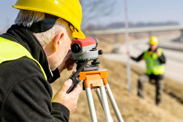 The master-class on topographic survey