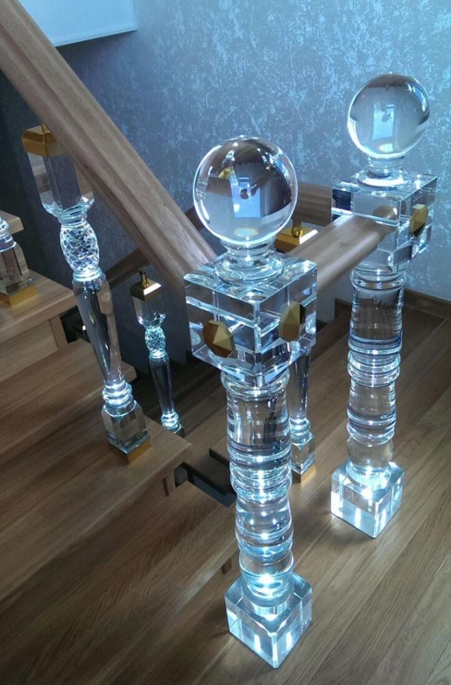 Стеклянный заходной столб и балясина модель №27