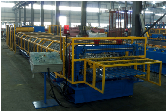 ROLL FORMING MACHINE FOR ROOFING/CLADDING PROFILE