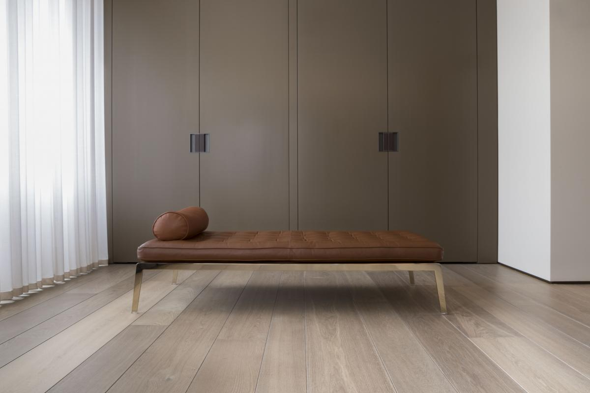 Деревянный пол ручной работы из инженерного Континентального Дуба Селект шириной до 31 см. Нью-Йорк